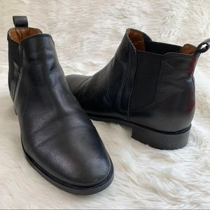 TOPSHOP Kaiser Chelsea Ankle Boots Black Leather